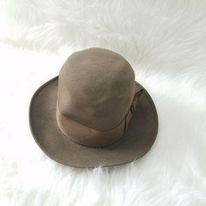 dobbs Accessories - Dobbs Fifth avenue top hat VINTAGE 91f11ccf910